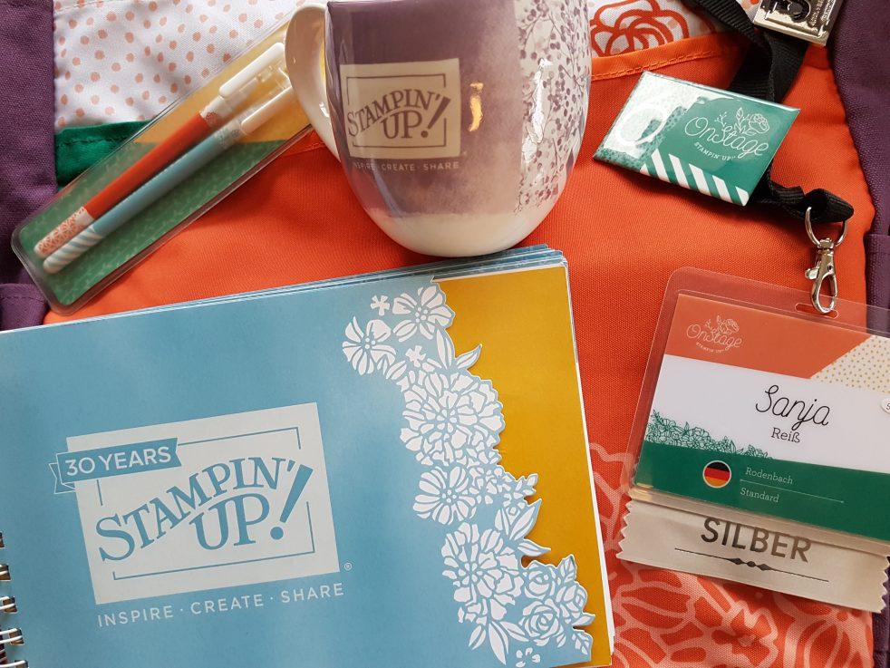Stampin'Up! schenkt uns immer beim Check-In eine Tasche gefüllt mit Goodies. Dieses Mal war auch eine schöne Tasse drin.